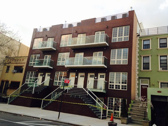 An ugly new rental rises in Bed Stuy